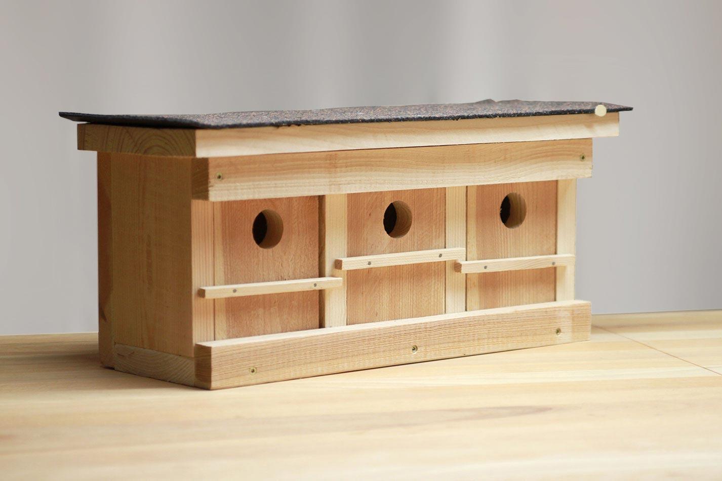 Sperlingskoloniehaus aus Holz für drei Sperlings Brutpaare